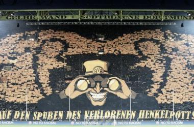 Mosaico de la tribuna de Borussia Dortmund. // Fut Pop Clube