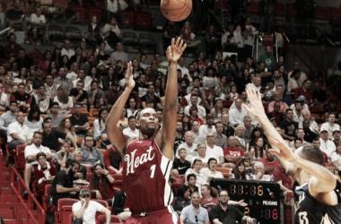 Chris Bosh se viste de Papá Noel y da la victoria a los Heat