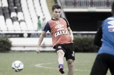 Sem espaço, atleta deve ser devolvido ao clube de origem. (foto: Paulo Fernandes/Vasco)