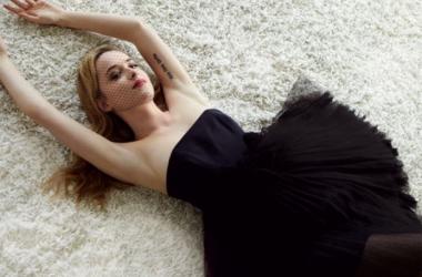 Pese a que ha crecido rodeada de flashes, esta es la primera vez que la joven actriz se enfrenta a la fama en su propia piel. Foto: Glamour.