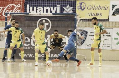 Jaén sabe sufrir y mantiene el factor cancha a favor
