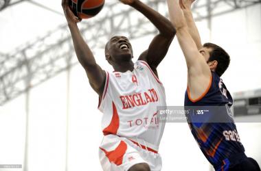 London Lions resign Jules Dang-Akodo