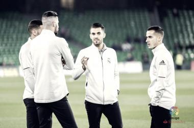 Dani Ceballos, junto a sus compañeros en el último Real Betis - Real Madrid | Foto: LaLiga Santander.