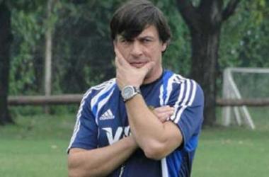 Hourcade continuará como entrenador de Los Pumas