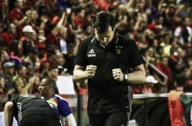 Após vitória, Daniel Paulista prega discurso humilde para jogo decisivo