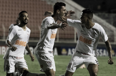 Danilo Avelar volta a marcar, Corinthians vence em Itu e espera Ferroviária no mata-mata