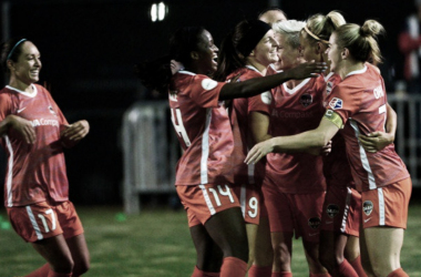 Houston Dash celebrate a goal at Sky Blue FC (Photo: Houston Dash twitter)