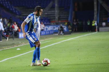 David Simón, controlando el balón. | Foto: El Desmarque