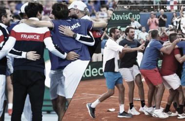 Las dos selecciones celebrando su clasificación. Foto: daviscup.com