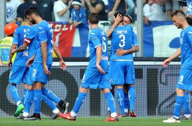 L'Empoli pareggia contro il Novara e conquista la Serie A: Caputo e Puscas i marcatori