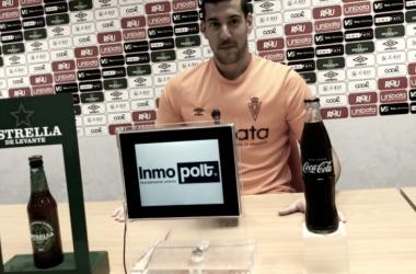 Biel Ribas en sala de prensa de Nueva Condomina. Foto: Real Murcia C.F