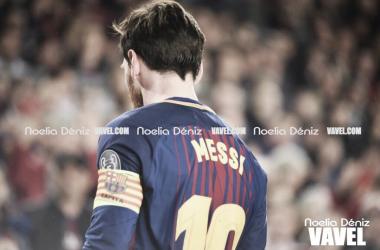 Leo Messi con el brazalete de capitán | Foto de Noelia Déniz, VAVEL