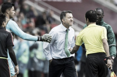 Juan Carlos Osorio berating the ref lead to a six-game suspension.Photo: Jorge Martinez- Mexsport