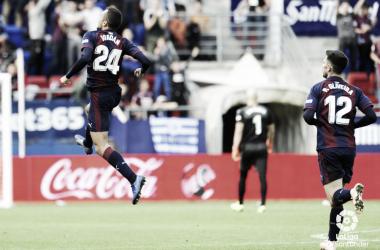 Joan Jordán en el partido contra el Alavés // Foto: La Liga