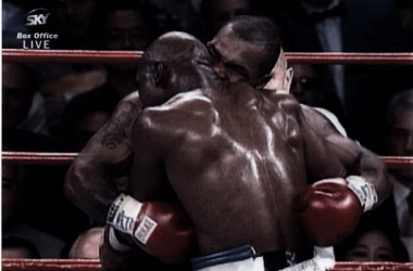 Il famoso morso di Tyson ad Holyfield