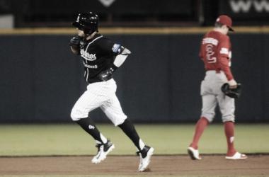 González llegó a su quinto Home Run del año | Foto: Guerreros de Oaxaca