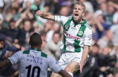 Michael de Leeuw celebrates as he seals the win for Groningen. (via fcgroningen.nl)