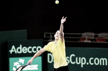 Álex de Minaur durante un partido de Copa Davis en 2018. Foto: zimbio.com