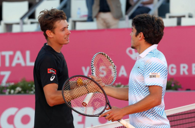João Domingues and Alex de Minaur shaking hands at the end of their match. (Photo by Millennium Estoril Open)