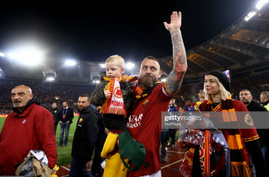 De Rossi, pictured, after his final appearance in a Roma jersey against Parma last May (Getty Images: NurPhoto)