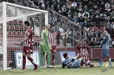 Jonás Ramalho se lamenta en el suelo de la ocasión más clara del encuentro. | Foto: LFP.es.