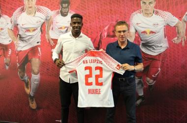 Nordi Mukiele with Ralf Rangnick. | Photo: RB Leipzig.