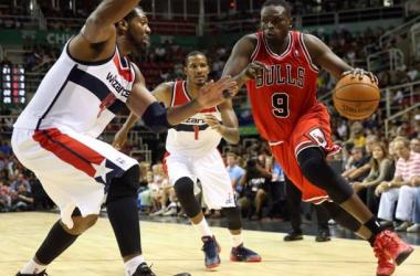 Les Bulls se font peur mais gagnent