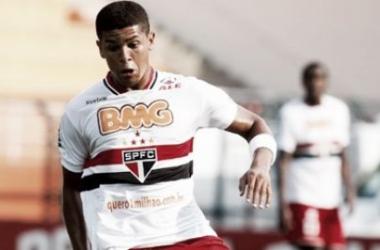 Flamengo mosta interesse em Denílson e faz sondagem