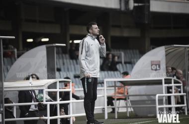 El técnico del Juvenil A azulgrana en los cuartos de final ante el Olympique de Lyon / Foto: Noelia Déniz (VAVEL.com)