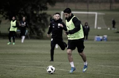 Luis Suárez entrenando con Uruguay | @Uruguay en Twitter