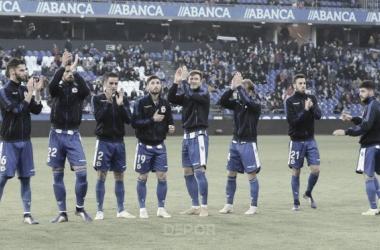 Los jugadores del Deportivo aplauden a los aficionados que acudieron a Riazor // RCDeportivo