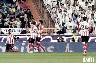 Iñaki Williams celebrando su gol. Foto: Daniel Nieto (Vavel)