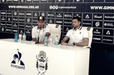 Barrales y Martín Arias en conferencia de prensa. Foto: 221 Radio