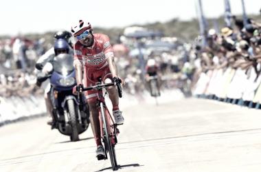 Rodolfo Torres culminando una etapa de la Vuelta a San Juan| Fuente: Androni-Sidermec