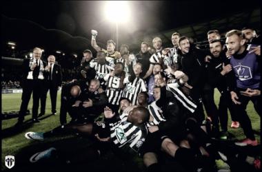 Angers celebra su clasificación a la final. FOTO: ANGERS SCO.