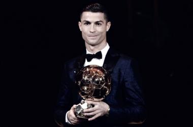 Cristiano Ronaldo levanta su 5º Balón de Oro | AFC
