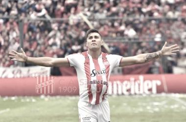 Rodríguez festeja su gol y el camino a la gloria en una jornada histórica para Tucumán. Foto: Prensa San Martín de Tucumán