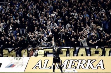 Real Oviedo-Nástic, recuerdos del adiós al barro y un último gol muy especial