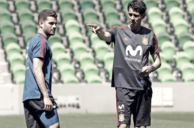 Nacho y Fernando Hierro en un entrenamiento de España ( FOTO: RFEF)