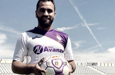 Migue Montes en la presentación de la nueva equipación (FOTO: Real Jaén)