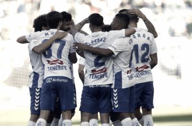 El Tenerife vence sin convencer