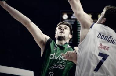 Debut de López-Arostegui con el primer equipo (Foto: Penya)