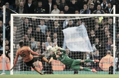 La tanda de penaltis salva al Manchester City