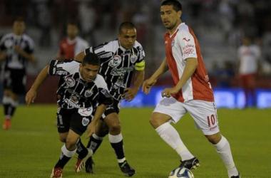 Argentinos lo ganó gracias a Riquelme y sus penales
