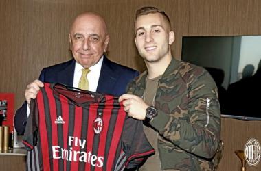 Gerard Deulofeu es nuevo jugador del AC Milan
