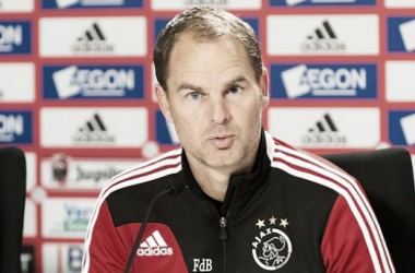 Heracles e Ajax se enfrentam em jogo que vale o título para equipe dirigida por Frank de Boer