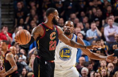 LeBron James e Kevin Durant. Fonte: NBA/Twitter