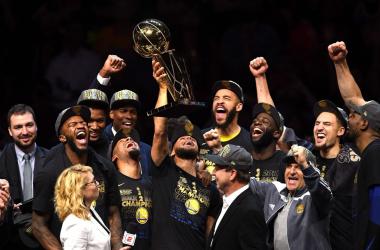 I Golden State Warriors, campioni NBA 2018. Fonte: NBA/Twitter