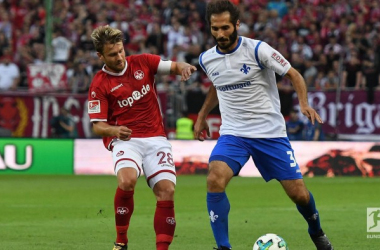 Daniel Halfar and Hamit Altintop. | Photo: Bundesliga.