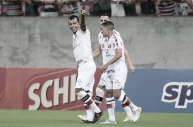 """Didira espera retorno do futebol em breve: """"Estamos na torcida para que tudo volte ao normal"""""""